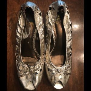 Report Metallic Peep-Toe Heels